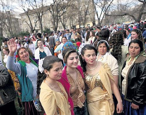 Цыганская ярмарка невест