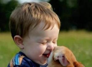 забавный ребенок